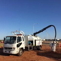 excavating, hydro excavator truck